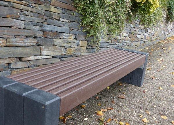 Kunststoff-Kunststoffbank High Line